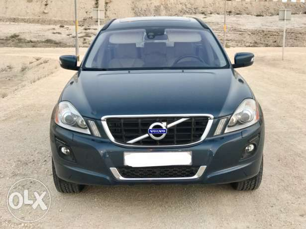 clean accident free Volvo XC60 fully loaded for sale
