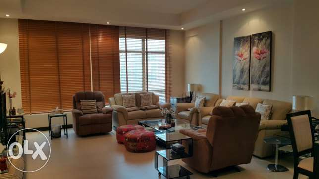 Large 2 bedrooms apartment with open view in Juffair
