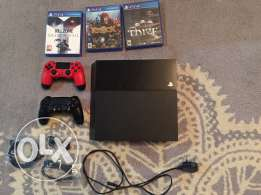 PS4 500gb used with two controllers and three games