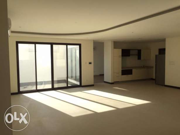 Luxury Villa For Rent In Diyar Al-Muharraq المحرق‎ -  2