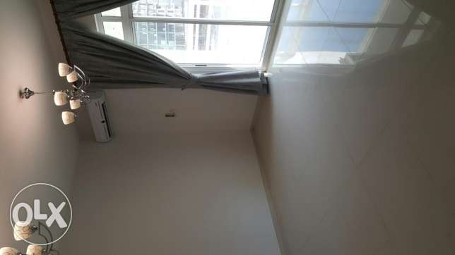 2bhk semi furnished luxury flat in hidd inclusive Bd 350 المحرق‎ -  2