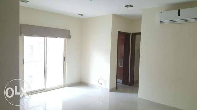New hidd, unfurnished 2 BR flat with nice balcony