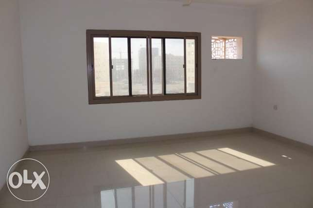 2 bedroom unfurnished apartment in New hidd/exclusive جفير -  3