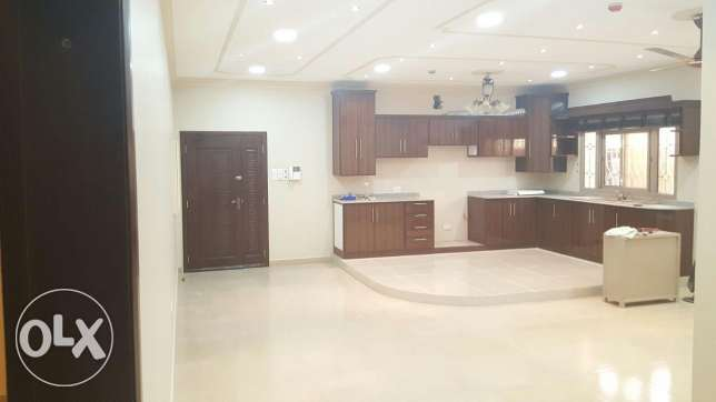 Shakhoora 3 BHK flat nearby St Christ school