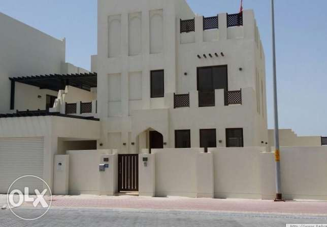 Luxury Villa For Rent In Diyar Al-Muharraq المحرق‎ -  1