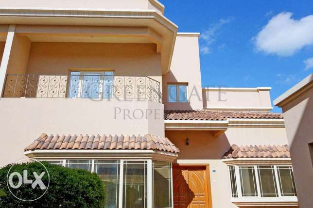 Beautifully Presented Four Bedroom Villa