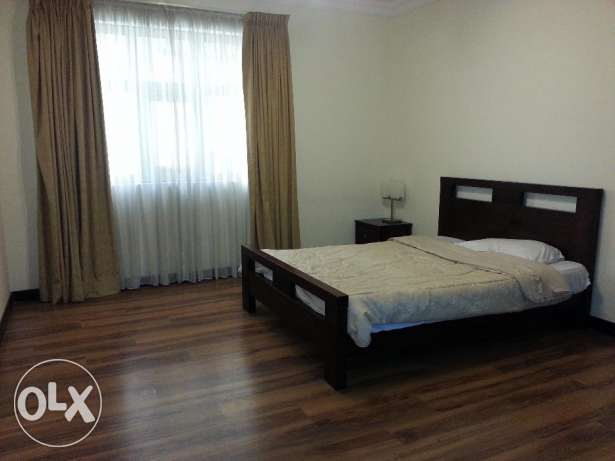 Bedspace or Room Sharing For LADY, Fully Furnished 3BR Luxury Flat