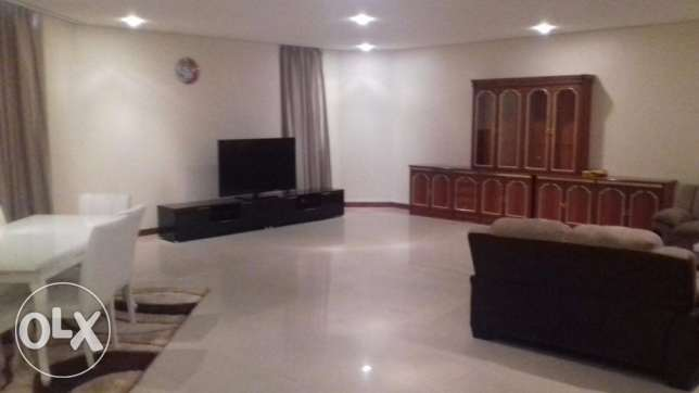A well maintained spacious and fully furnished Duplex