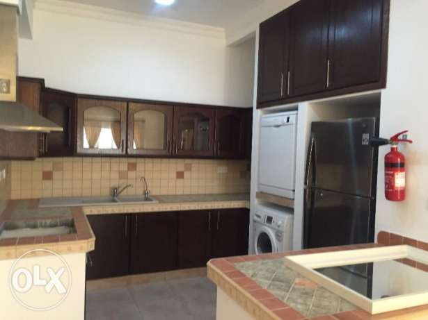3 Bedrooms Semi Furnished Apartment in Saar