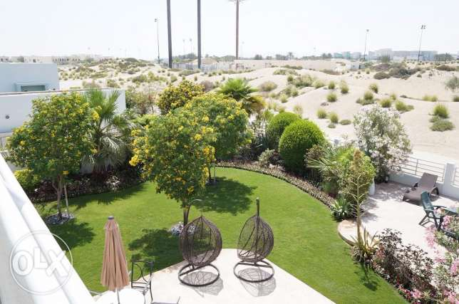 Luxury and amazing 5 bedroom with golf course view for sale الرفاع‎ -  8