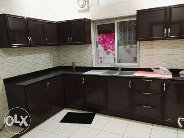 New Hidd: 3 bedroom 4 bath unfurnished apartment for rent