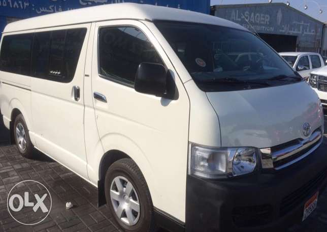 mini bus for monthly rent