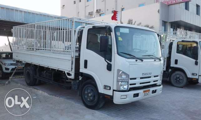Isuzu cargo truck 4.6l model 2015 for sale