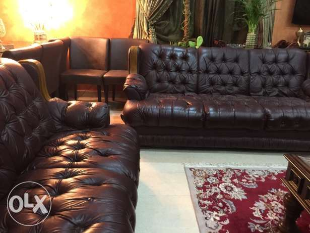 In excellent condition Leather Sofa set for sell