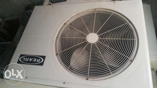 pearl split unit 2 ton good condition good cooling