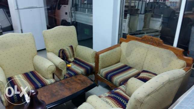 2+1+1+1+1 (6 seating ) seating sofa set for sale free delivery المنامة -  1