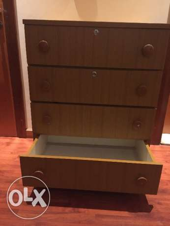Selling a chest of drawers جفير -  3