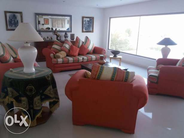 Excellent semi furnished Villa in Amwaj islands جزر امواج  -  2