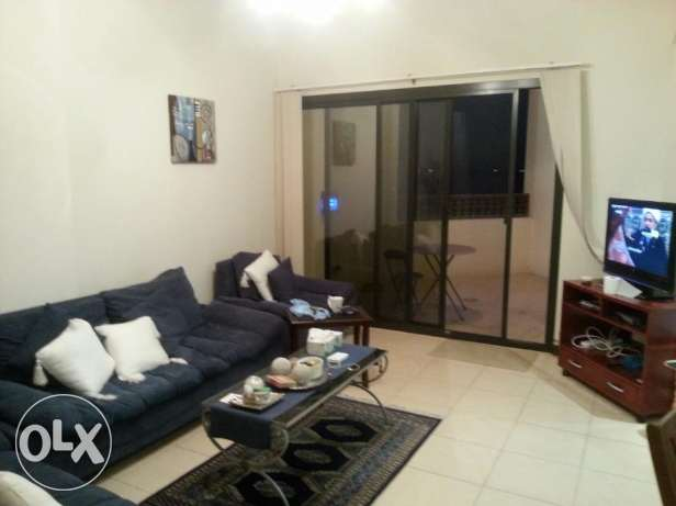 2 bedrooms apartment modern furniture fully furnished with Sea & pool