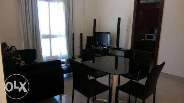 Good value! Stylish 1 bedroom furnished apartment with pool & gym ام الحصم -  1
