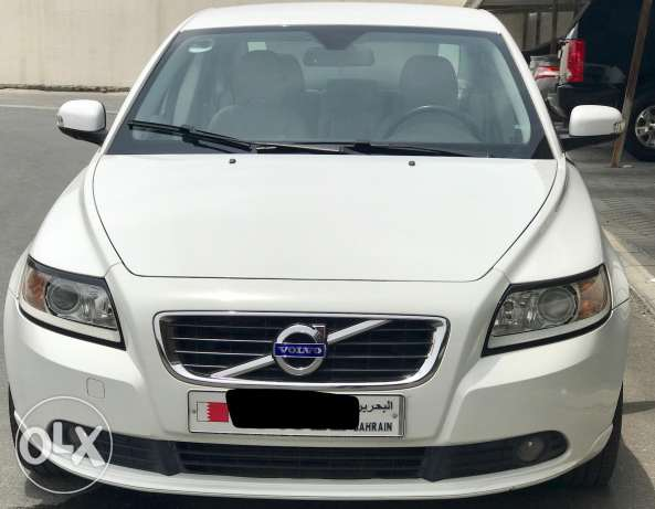 Volvo s40 2012 low kms agent Maintained for sale