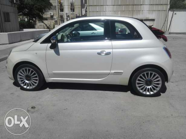 Fiat Convertible 2012 special option very good condition