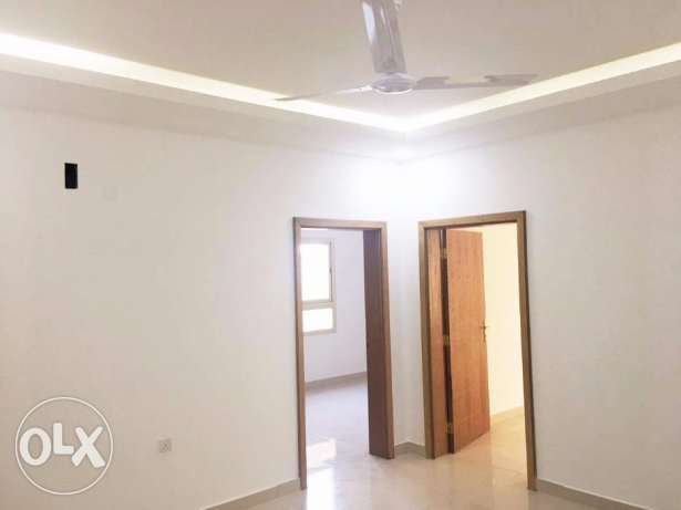 Dazzling Unfurnished Apartment for Rent!