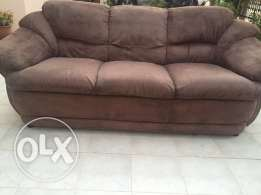 urgent sale for an excellent condition sofa set