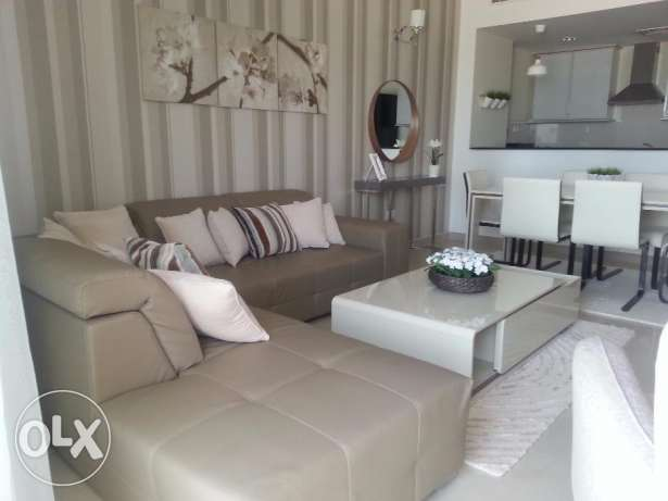 Amazing deal 2 bedrooms apartment furnished Sea views
