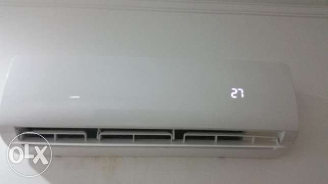 Brands new 3 month only AC 1.5 TON المحرق‎ -  1