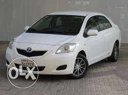 Toyota Yaris 1.3L 2013 White For Sale
