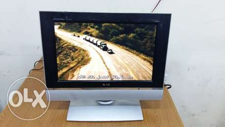 "LG 17"" LCD wide TV"