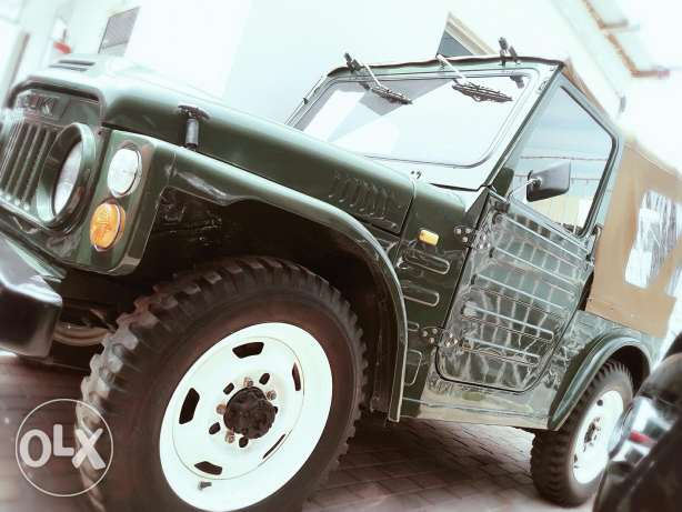 Suzuki jimny the rarest one in bahrain 1975 model For sale