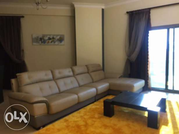 Lovely 2 bedrooms apartment with modern furniture with huge balcony