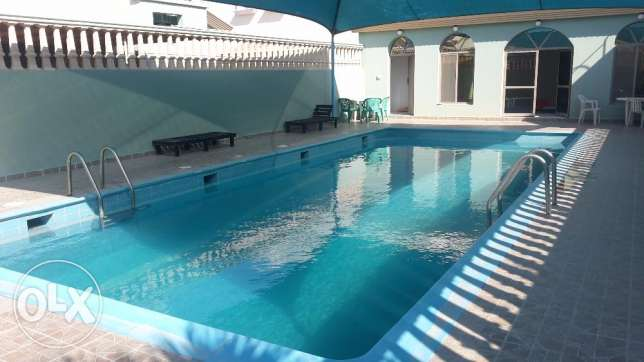 Close Saar mall nice 3 BR villa