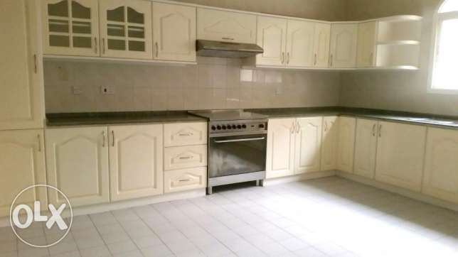 Semi Furnished Villa For Rent At Saar (Ref No: SRZ1) سار -  8