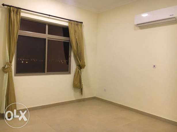 3 Bedrooms Semi Furnished Flat For Rent New HIDD عوادية -  4
