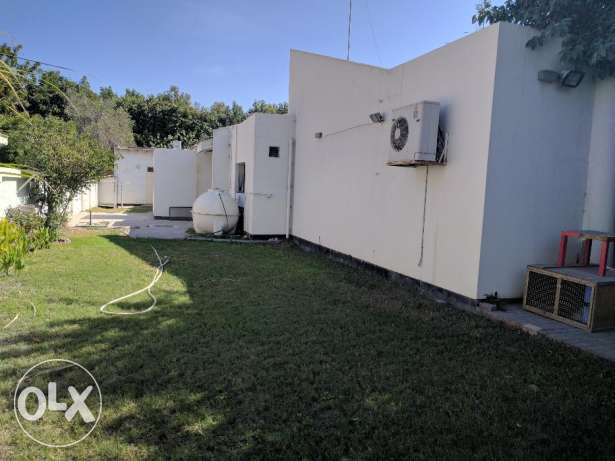 4 Bedroom fully furnished villa with large private garden