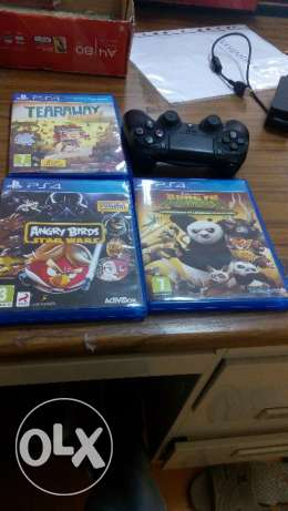 Ps4 controller and 3 games