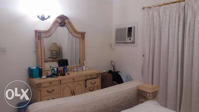 1 room for rent in a fully furnished flat in Juffair