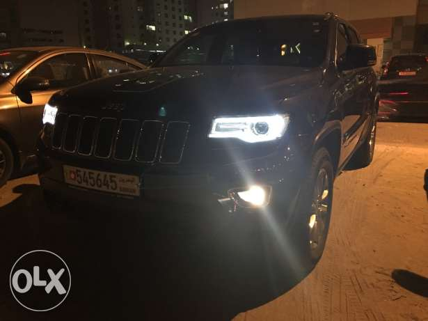 Jeep Grand Cherokee Laredo V6 2015. excellent condition!