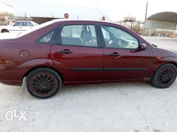 Ford focus car model 2004 color red for sale