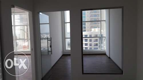 150m2 office space in Seef w/gypsum partitions in new building BD.825