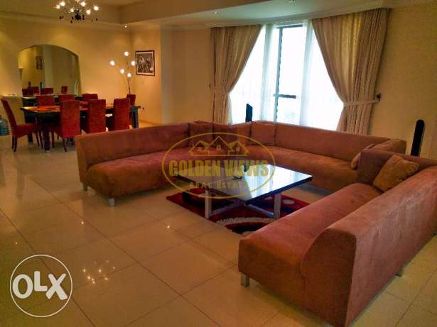 Modern fully furnished specious 3 bedroom flat - all inclusive