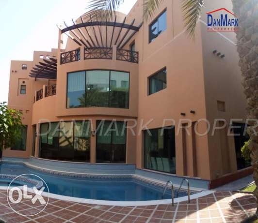 4BR Luxury Semi 3 Storey VILLA with Private Garden&Pool for rentBARBAR