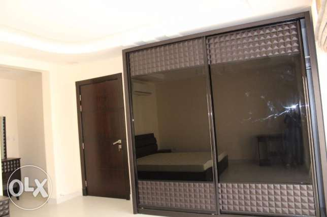 Beautiful 2 bedroom apartment in NEW HIDD/fully furnished جفير -  5