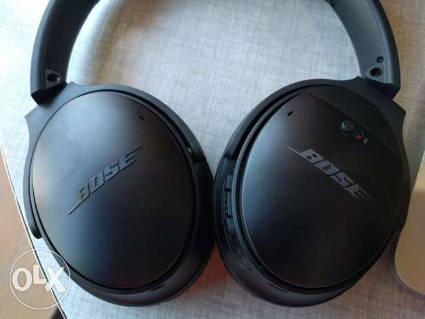 Bose noice cancelling wireless earphones
