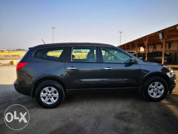 Chevrolet Traverse LS 2011 الزنج -  3
