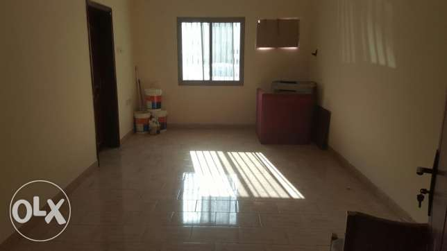 flat for rent 2 bd 2 bat for 180 الرفاع‎ -  1