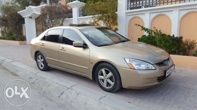 Honda accord 2004 full option